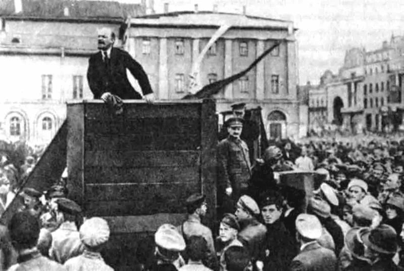 Lenin Giving a speech