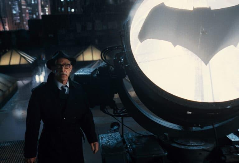 Batgirl-Commissioner-Gordon-Justice-League-Featured