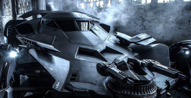 Flash-DCEU-Batman-Ezra-Miller-Batmobile