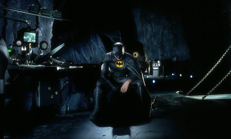 The-Flash-Batman-Returns-Batcave