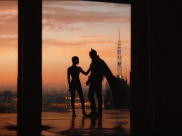 dc-fandome-the-batman-robert-pattinson-trailer-4K-Matt-Reeves-2022-Catwoman-Roof